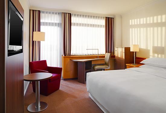 Executive Zimmer Plaza Frankfurt